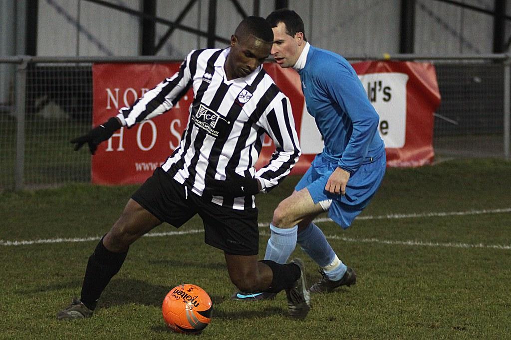 Brimsdown Rovers 0 Aylesbury 0 (30/01/10)