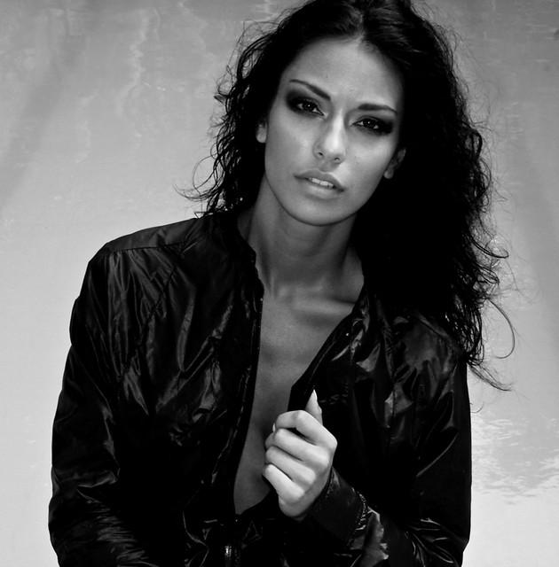 Manuela Arbelaez - a photo on Flickriver