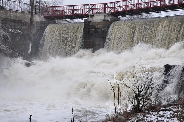 2010-02-28 - spicket flood level 015