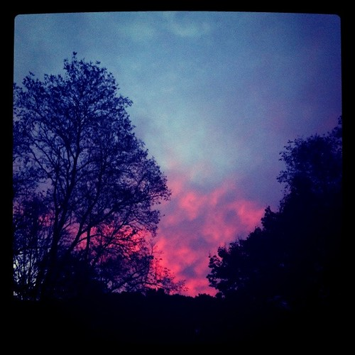emailphoto cameraphone iphone appleiphone sunrise atmophere red clouds sky shelton ct newengland redinthemorning ominous omen instagram