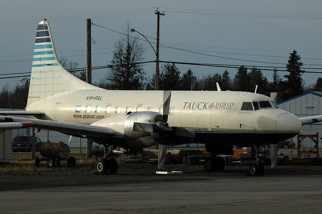 VH-PAL@Abbotsford/BC 07Jan10