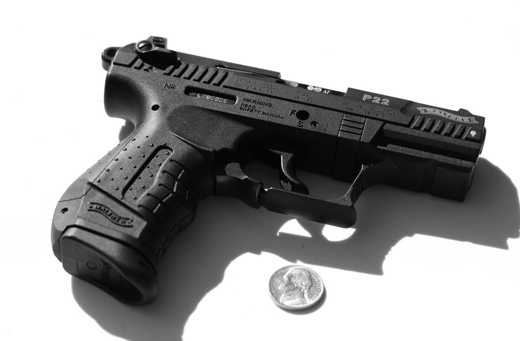 WALTHER P22 SEMI AUTOMATIC 22lr | Nice little pocket pistol