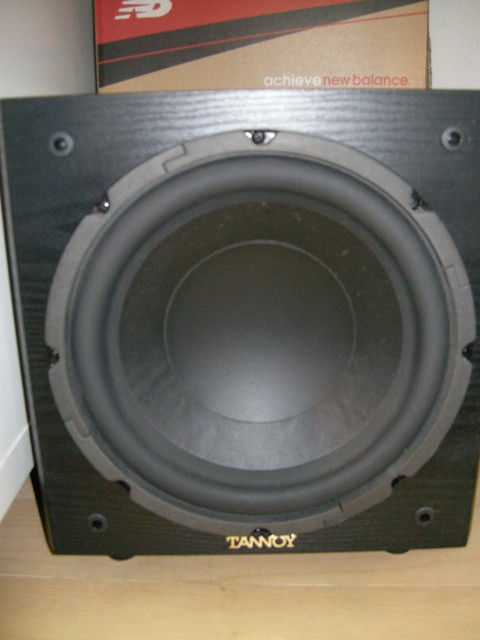 Tannoy mX10 subwoofer | 11 8 in x 16 2 in x 11 8 in  28 7 lb… | Flickr