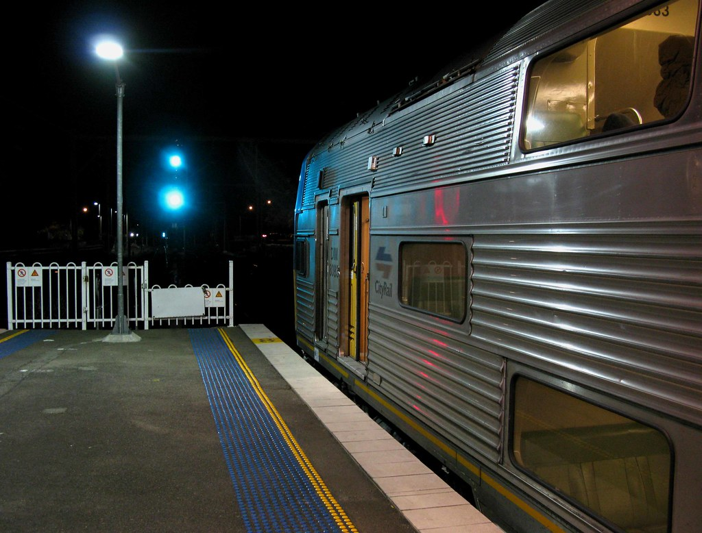 CityRail V Set at Sutherland Station on its way to Bomaderry