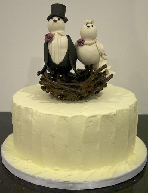 W9102 - bird nest wedding cake