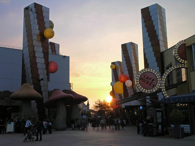 Sunset near the Walt Disney Studios Park