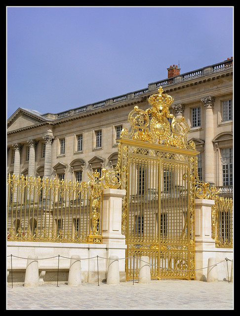 The golden gate of Versailles