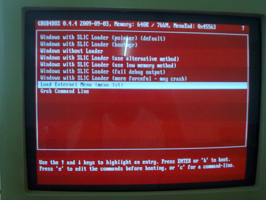 Windows 7 Grub & SLIC launcher | I guess this things shouldn… | Flickr