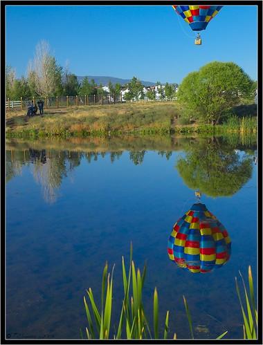 blue sky nevada balloon olympus e3 reno circularpolarizer hotairballon nevadadesert balloonrace zd greatrenoballoonrace 1260mm olympuse3 greatrenoballoonrace2008