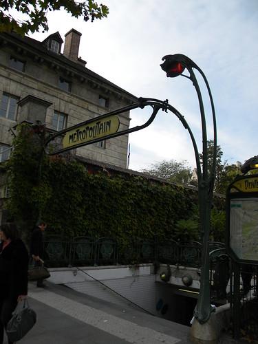 Metro Stop in Paris | by superdan79