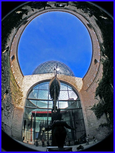 SALVADOR DALI DOMENECH. MUSEO DALI FIGUERES (GIRONA)