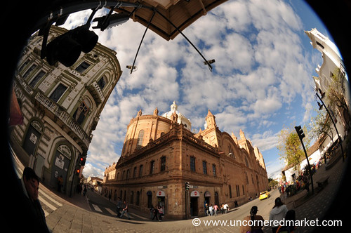 church architecture ecuador cathedral colonial fisheye cuenca dpn