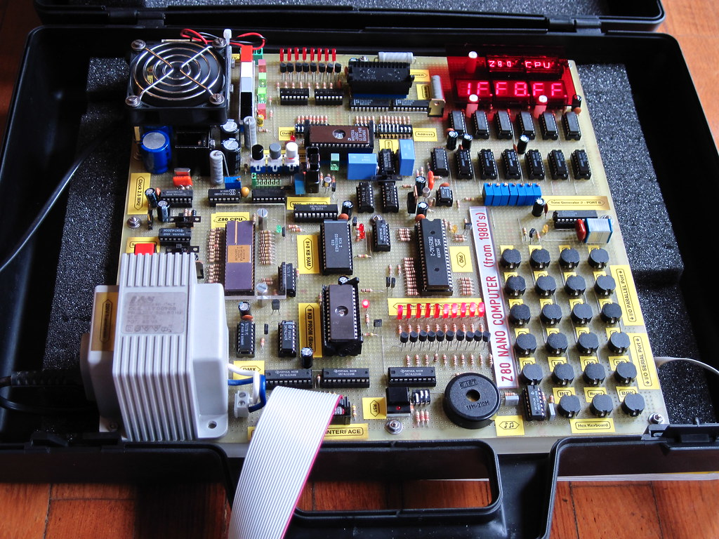 Homemade Z80/AM95 8-bit NANO COMPUTER in a briefcase | Flickr