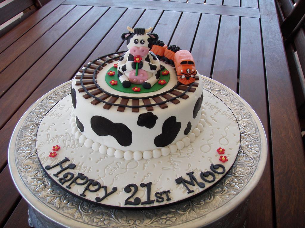 Amazing Mossys Masterpiece Amandas 21St Birthday Cake From Her Flickr Funny Birthday Cards Online Overcheapnameinfo
