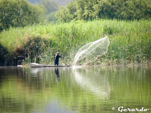 Pescador en la Laguna de Epatlan