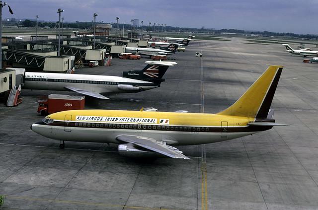 Boeing 737: 20223 737-248 EI-ASH Aer Lingus Heathrow Airport