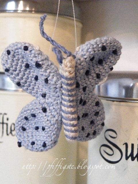 Butterfly Amigurumi Free Crochet Pattern • Spin a Yarn Crochet | 640x480