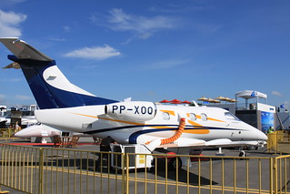 Embraer Phenom 100(PP-XOQ) | by Kentaro IEMOTO