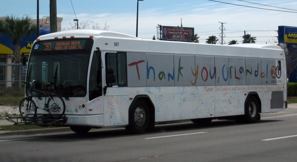 LYNX Bus 597 - White Ad-wrapped | This bus is from the Centr… | Flickr