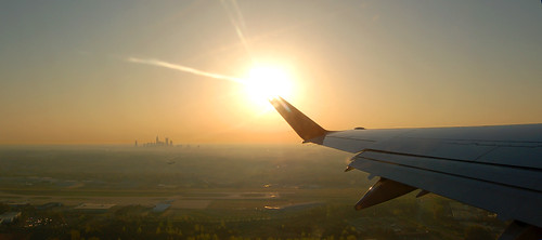 morning sunrise charlotte wing winglet takeoff compass embraer clt deltaconnection emb175 charlottedowntown kclt