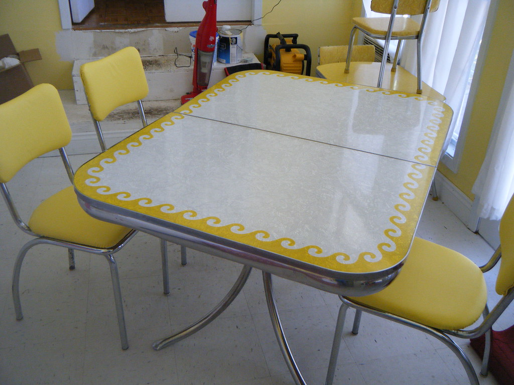 Vintage yellow Formica wave table   Awesome yellow formica t…   Flickr