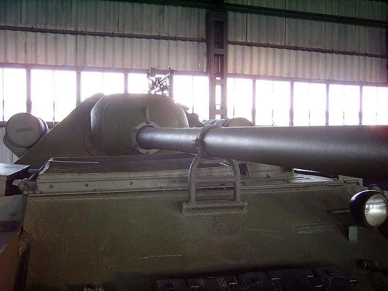 Su-101 Uralmash 5