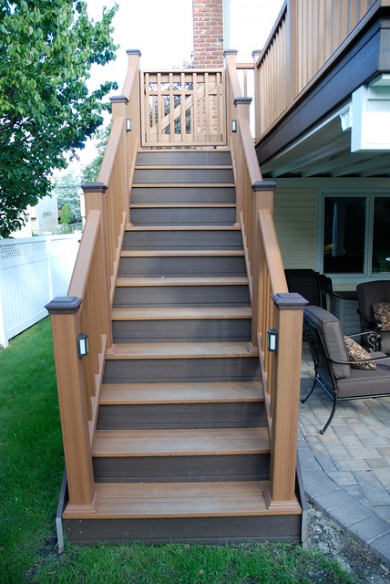 Incroyable Trex Stairs | Like What You See Here? Contact Long Island De ...