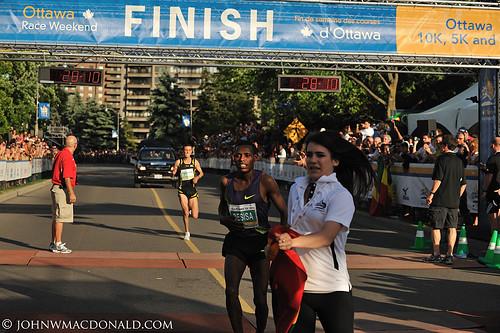 Lelisa Desisa 10k Winner - Ottawa   by johnwmacdonald
