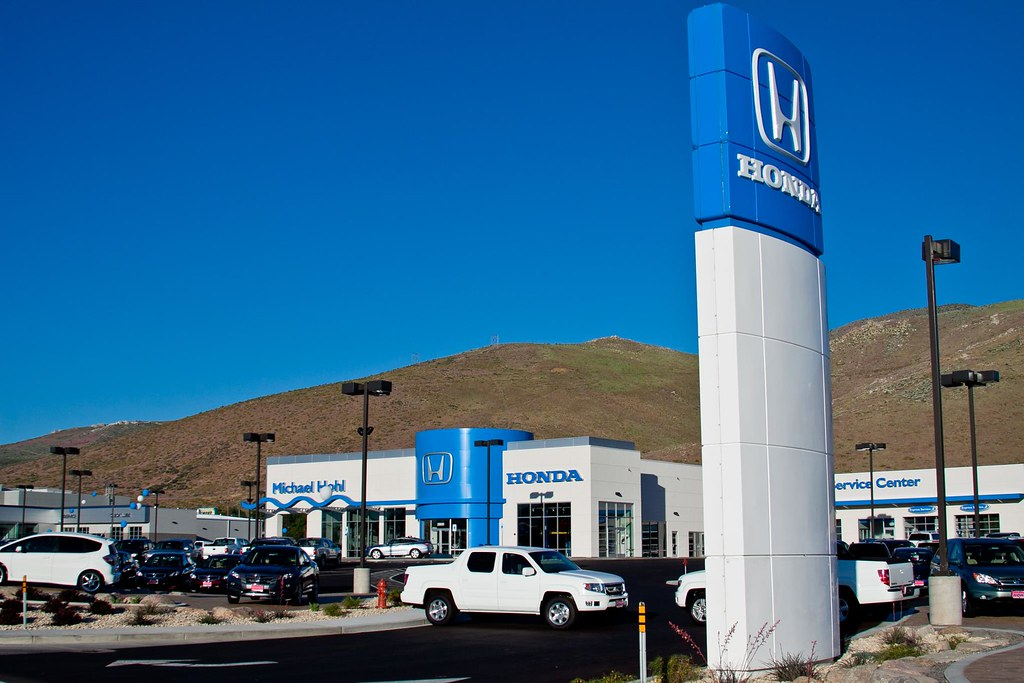 Car Dealerships Open Today >> New Car Dealers Open Around Carson
