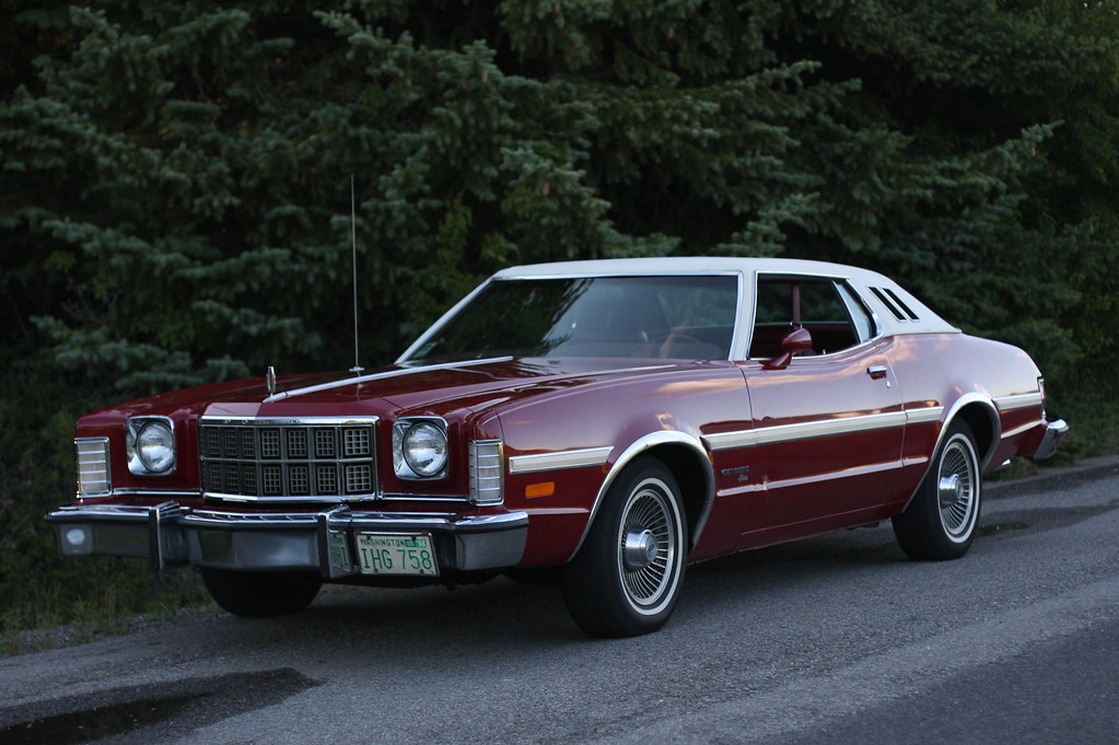 1974 Ford Gran Torino Elite | refurbished with a bunch of ne