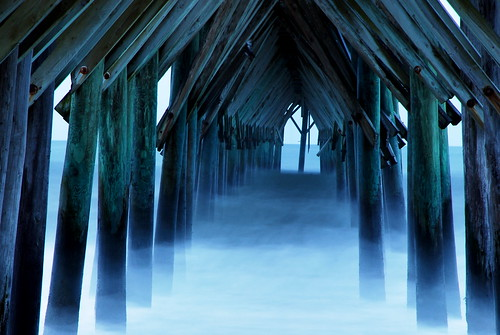 ocean longexposure morning blue sea storm coast pier waves cloudy northcarolina atlantic topsailisland bitzcelt seaviewpier