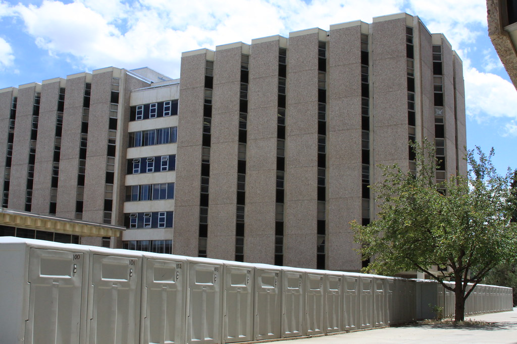 Housing plan at University of Wyoming recommends razing 2