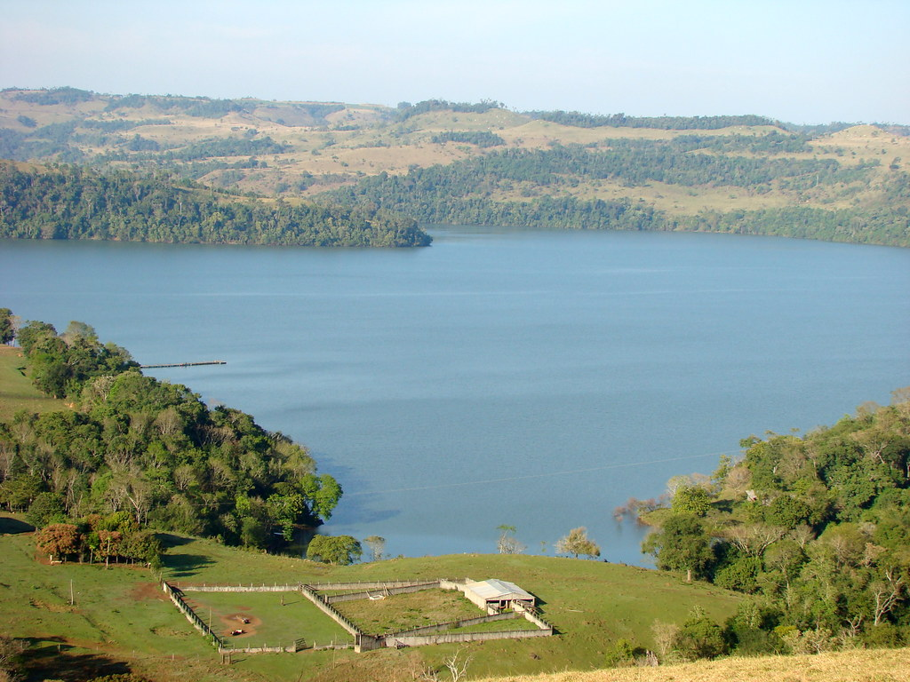 Porto Barreiro Paraná fonte: live.staticflickr.com