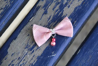 Petite bows | by momenio