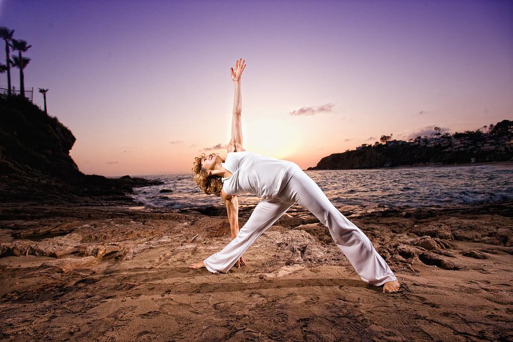 Holly Mosier Extended Triangle Pose (Utthita Trikonasana)