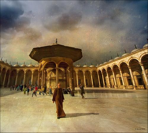 architecture geotagged golden arquitectura citadel egypt favorites mosque textures cairo mezquita egipto egipte mesquita elcairo alqāhirah specialtouch citadelofsalahaldin diamondstars elcaire photoshopcreativo thedavincitouch jotbesgroup afcastelló obresdart