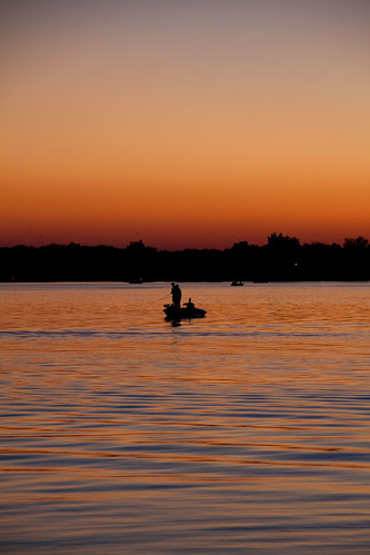 sunset lake fisherman warsaw winona