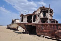 ships of the late Aral lake, Moynaq