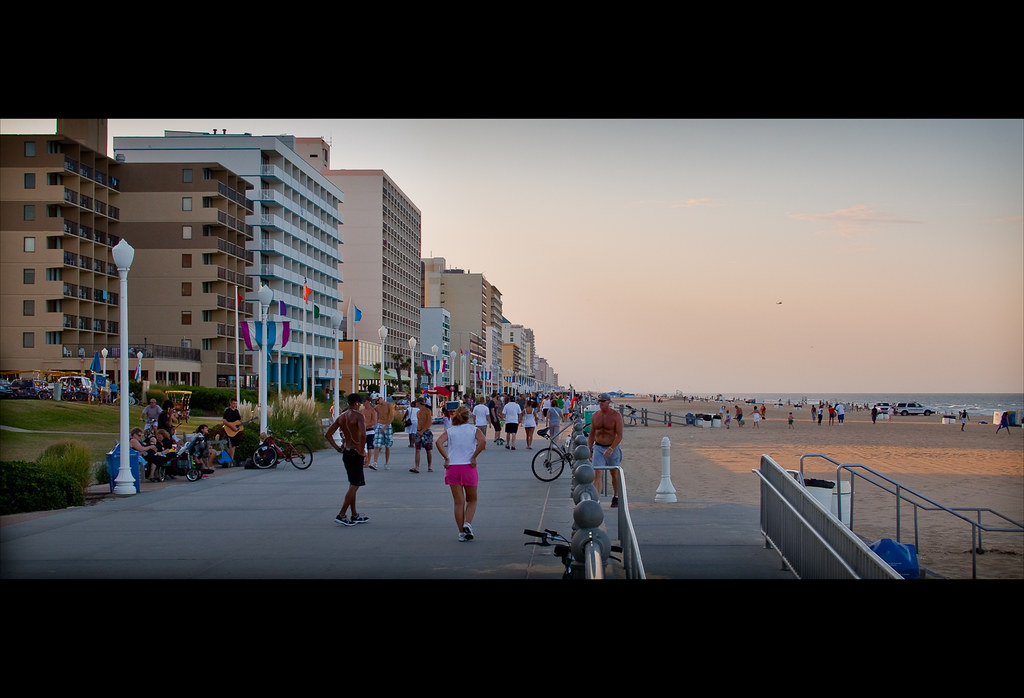 Virginia Beach Boardwalk |       one of the best ways to spe… | Flickr