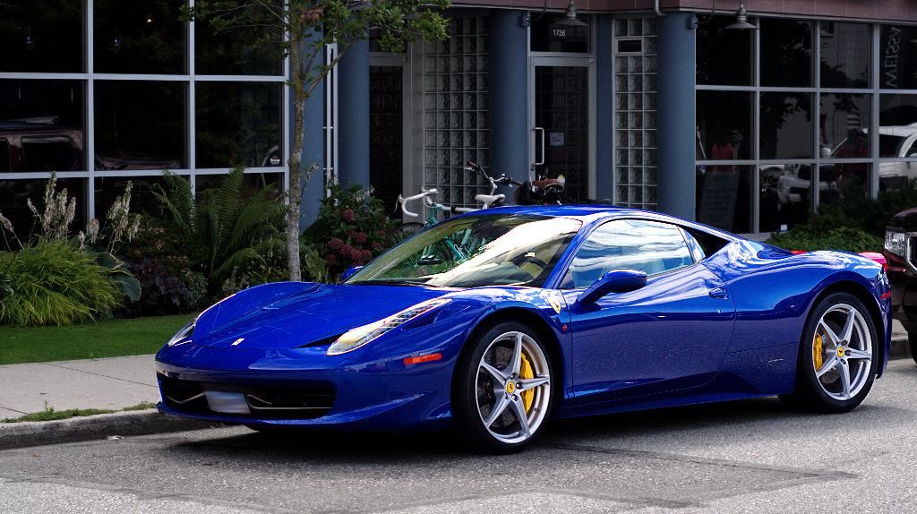 Blue Ferrari 458 Italia Visit Www Ascentofspeed Com To
