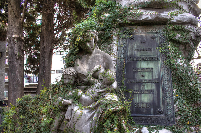 Ivy-Covered Statue in Recoleta