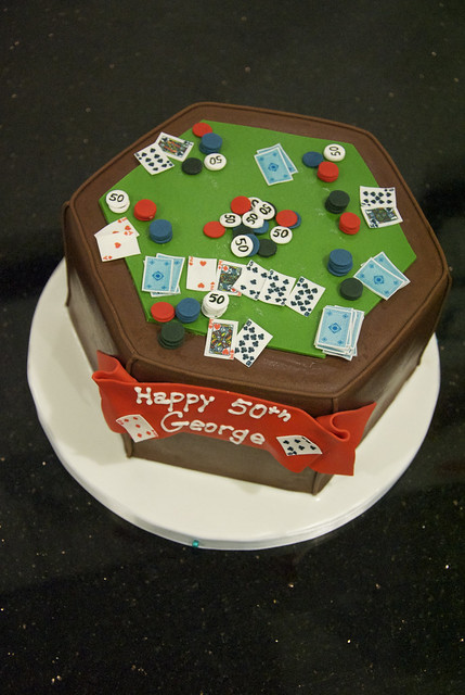 BC4139 - poker table cake