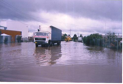 flooding drum transport vaughan shepparton agitator tautliner