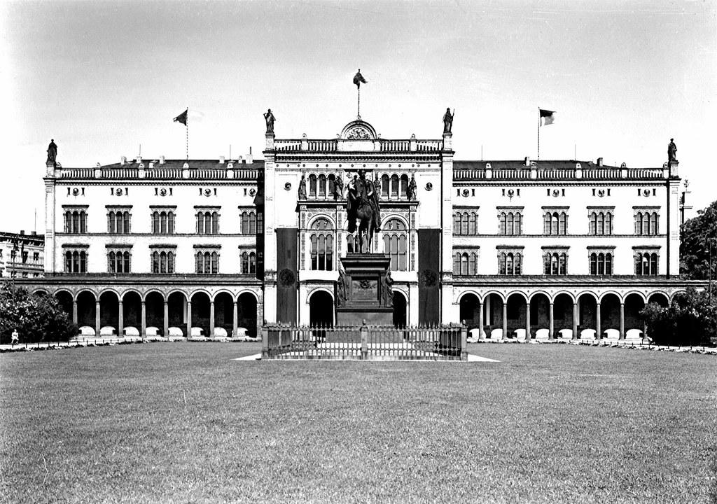 Friedrich Wilhelm Universität