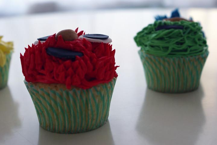 sesame street cupcakes sideview! | www cococake com www coco… | Flickr