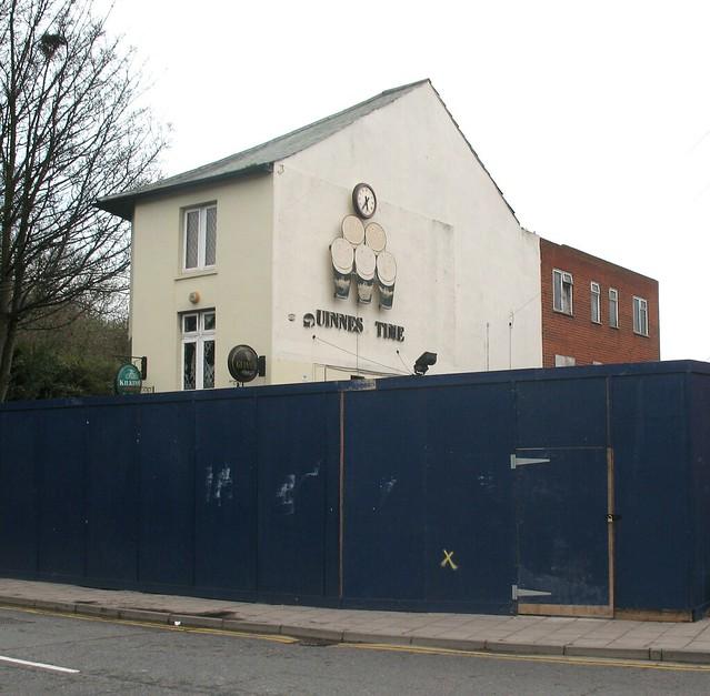 Eddie's Bar, Luton