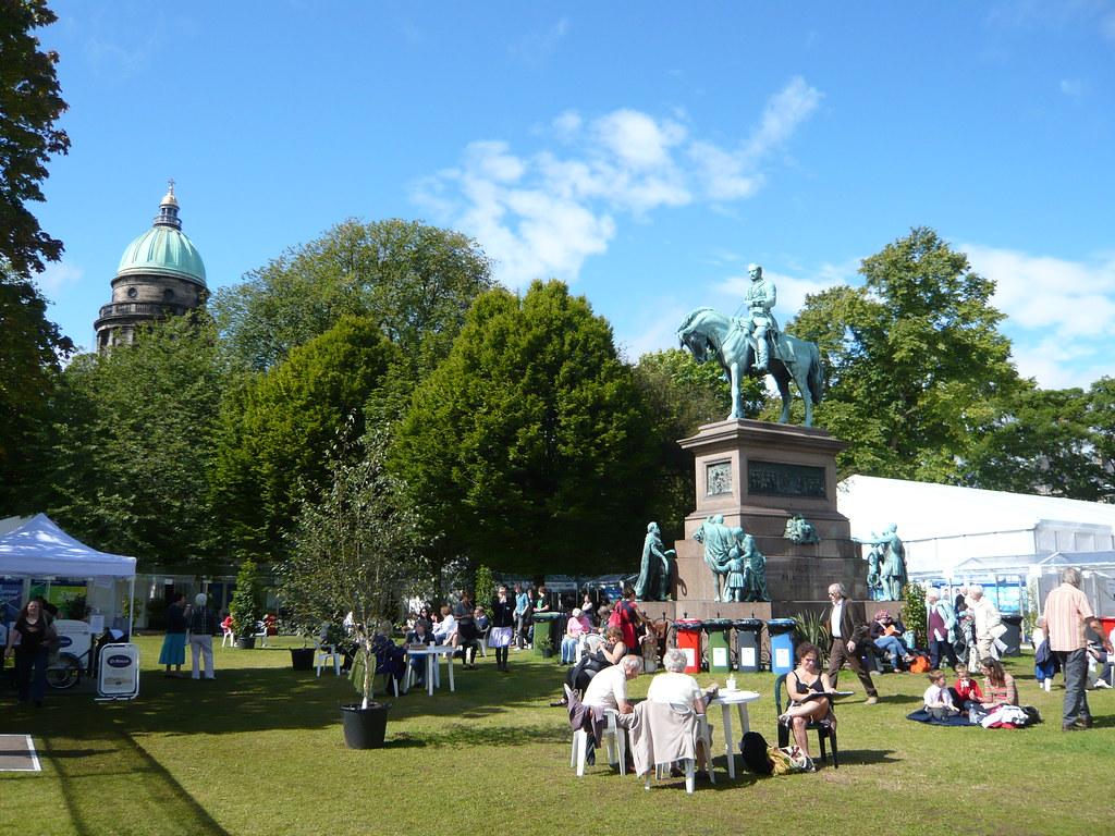 Edinburgh Festival 2010 | Edinburgh Book Festival in Charlot… | Flickr