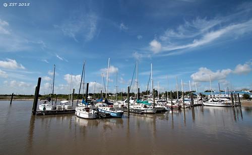 clouds marina boats harbor texas bluesky sailingboats portlavaca lavacabay zeesstof
