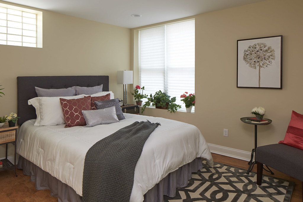12 Sargent Street, Cambridge, MA - Master bedroom
