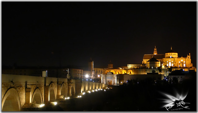 Córdoba at night